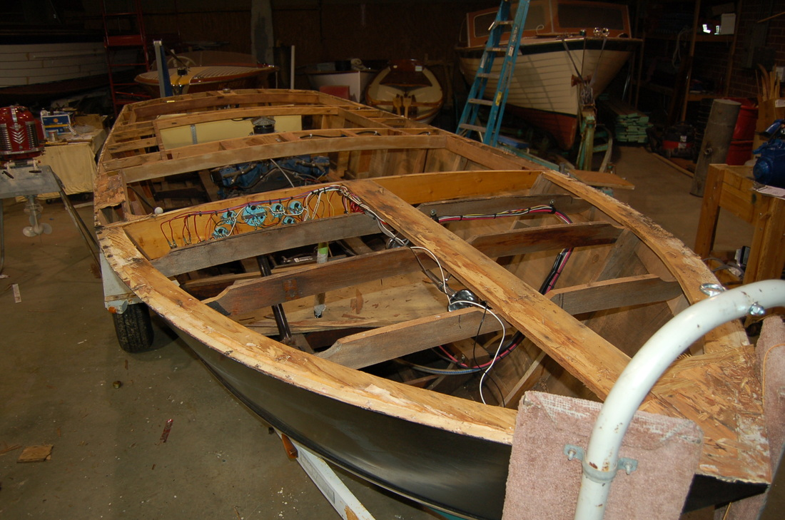 1963 18ft Chris Craft Cavalier - Lowell Boats